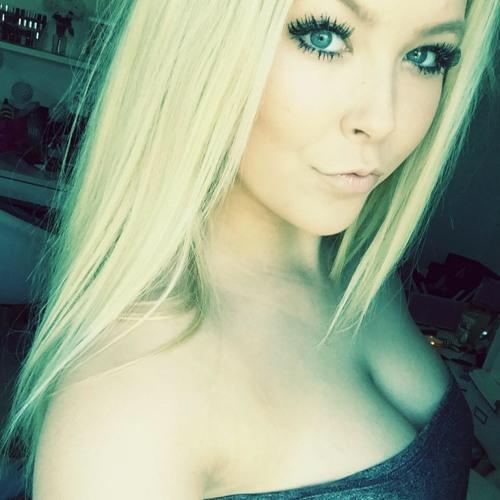Beth Baston's avatar