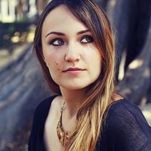 Aleka Potinga's avatar