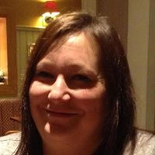 Julie Lamburn's avatar