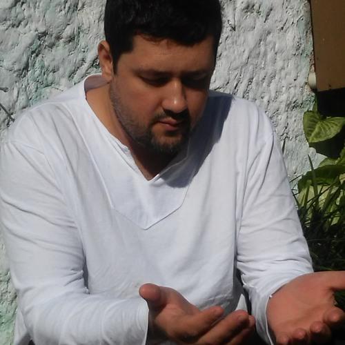 Leandro Severino's avatar