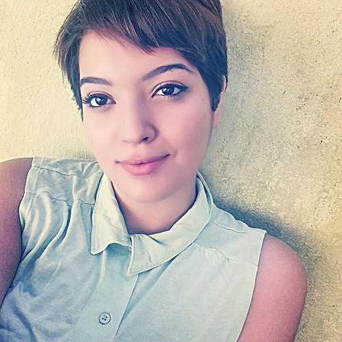 Andrezza Aguiar's avatar