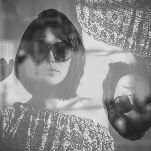 Raiane Alves's avatar