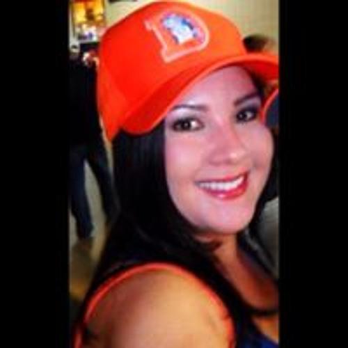 Alicia Lynnette's avatar