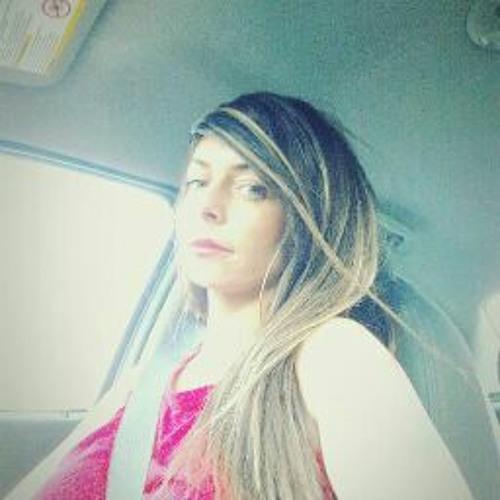 Leah Long's avatar