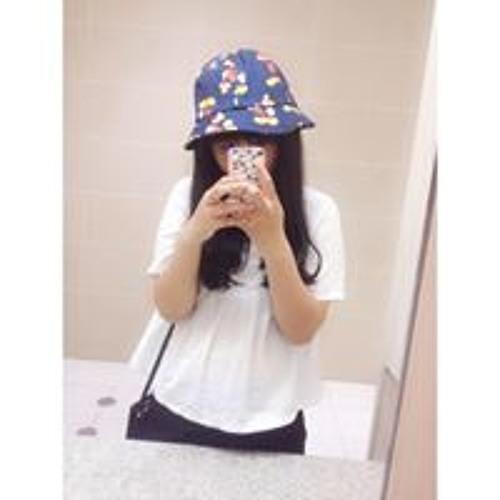 Móm Bùi's avatar