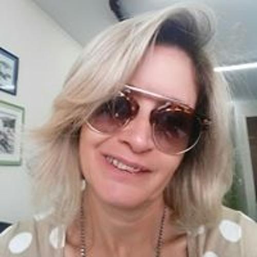 Marcia Luiza's avatar