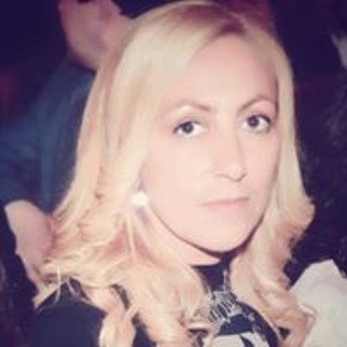 Carla Battista's avatar