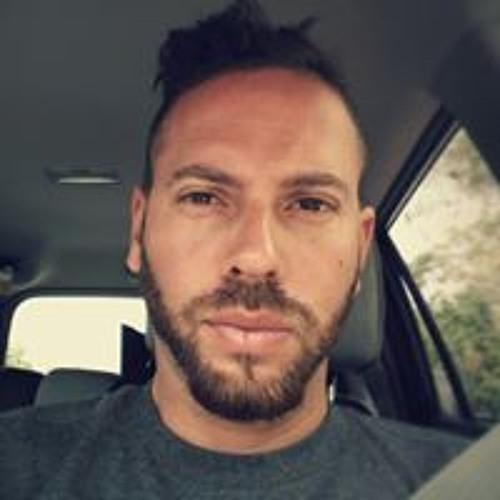 Raul E. Muñoz's avatar