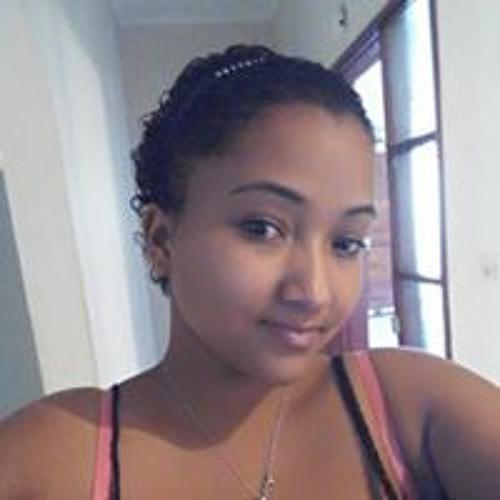 Azra Mussa's avatar