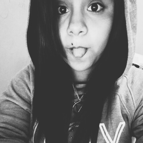 Milena Vivanco's avatar