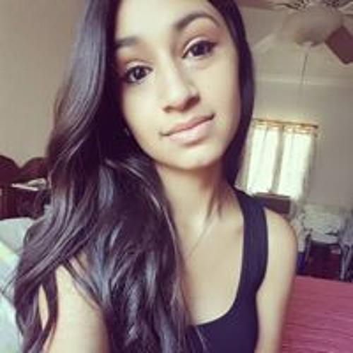 Dannika Yazel Quiroz's avatar