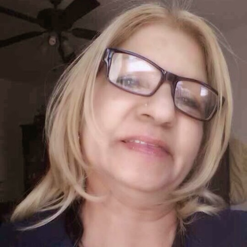 Evelyn Cruz's avatar