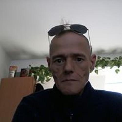 Benjamin Sitta's avatar