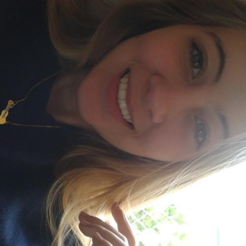 Leticia Hoppe's avatar
