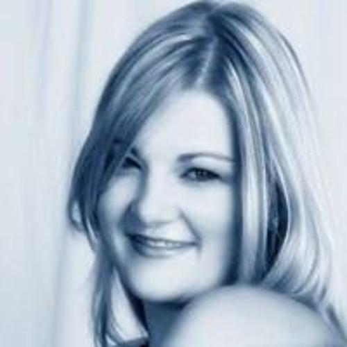 Bronwyn Claire Thompson's avatar