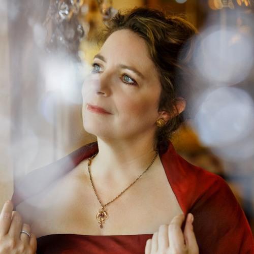 Julia Thornton Soprano's avatar