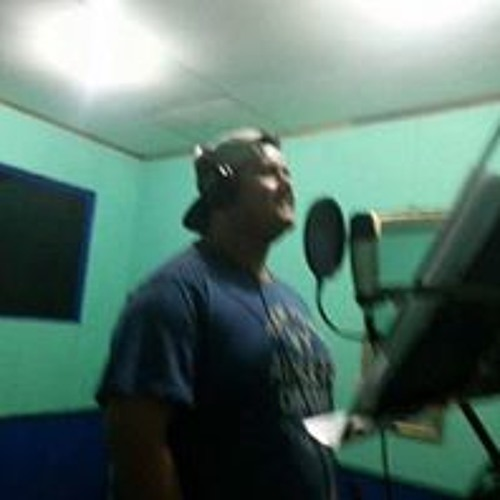 LuisK Campos's avatar