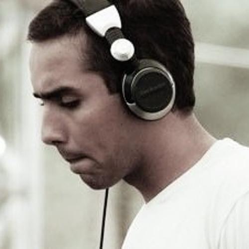 Gustavo  Miller's avatar