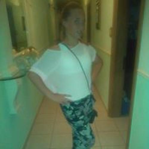 Amy Galdes's avatar