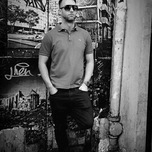 Rob Hill (Robertos)'s avatar