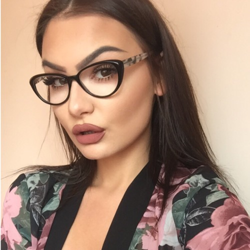 Karolina's avatar