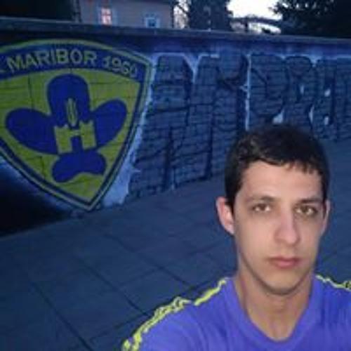 Daniel Kelava's avatar