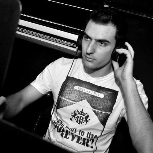 Diego Girardello's avatar