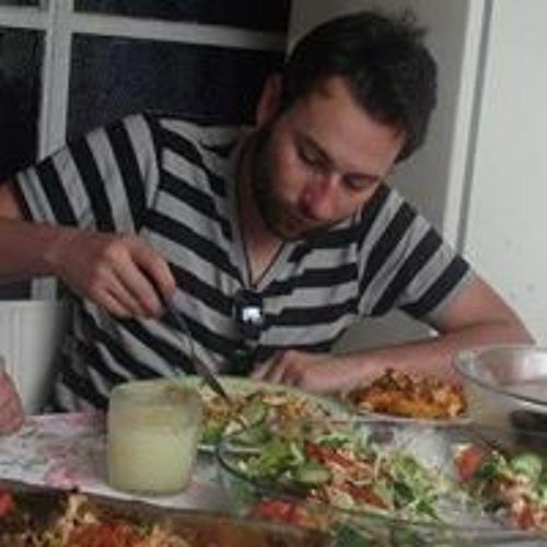 Andrés Dávila's avatar