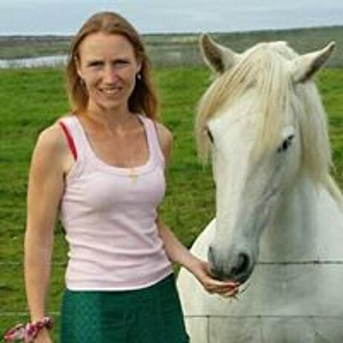 Caroline Walker's avatar