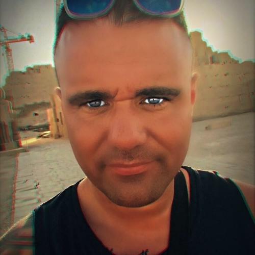 Adriano Calunniato's avatar