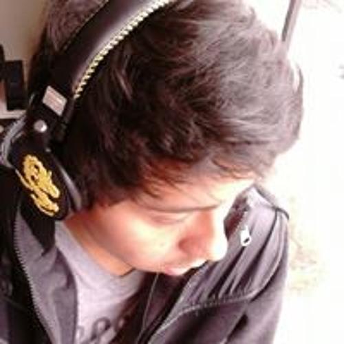 Renzo Calvo's avatar