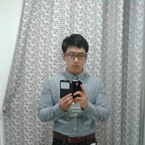 Raymond Yam's avatar