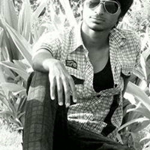 Zeeshan Safdar's avatar