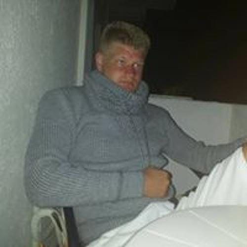 Andreas Fast's avatar