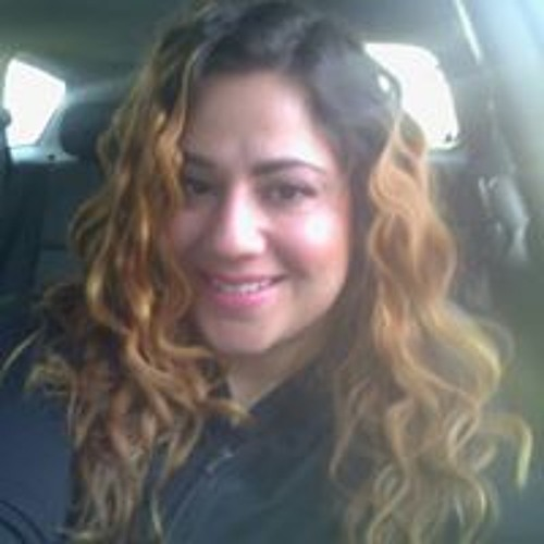 Senia Caceres's avatar