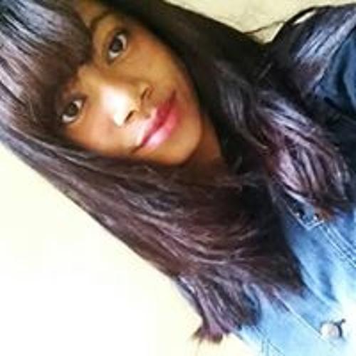 Carol Rodrigues's avatar