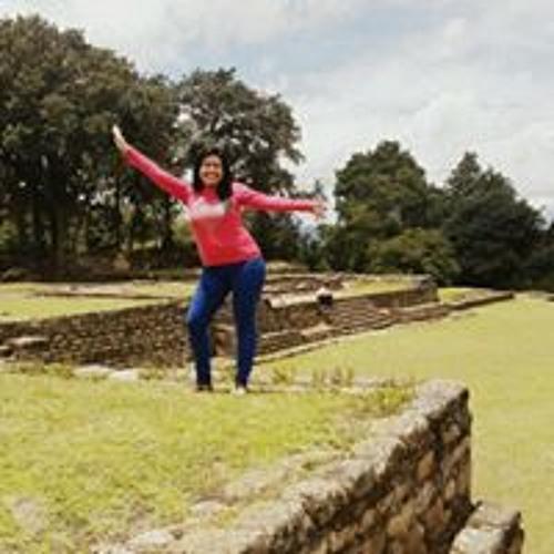 Alecita Baten's avatar