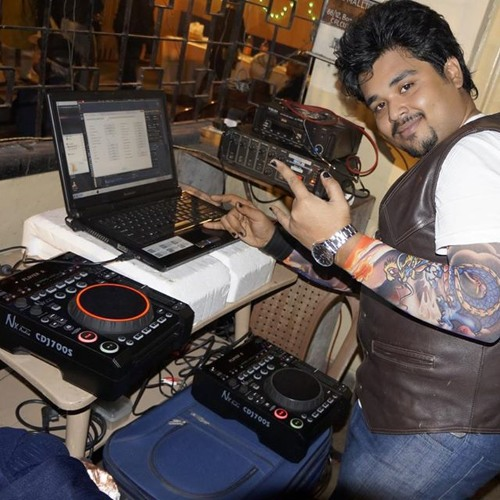 DJ SUMAN's avatar