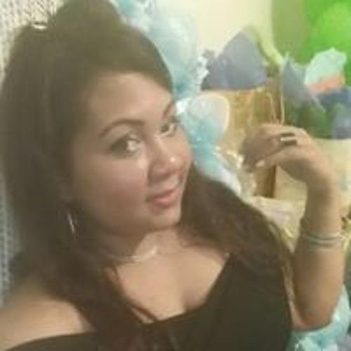 Mayra Gil's avatar