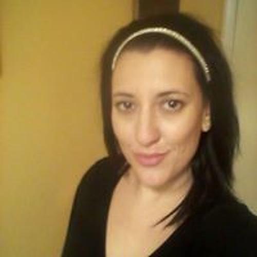 Andrea Dowe's avatar