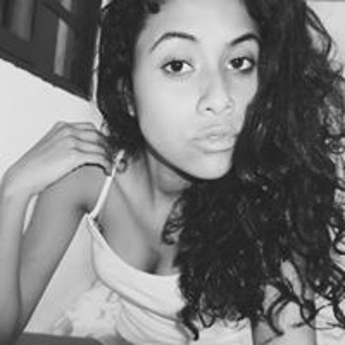 Eduarda Oliveira's avatar