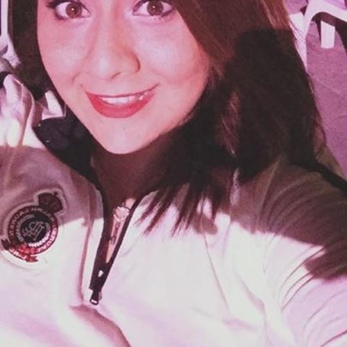 Carmina Sandoval's avatar