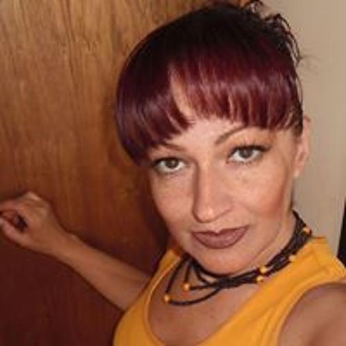 Isabel Morales's avatar