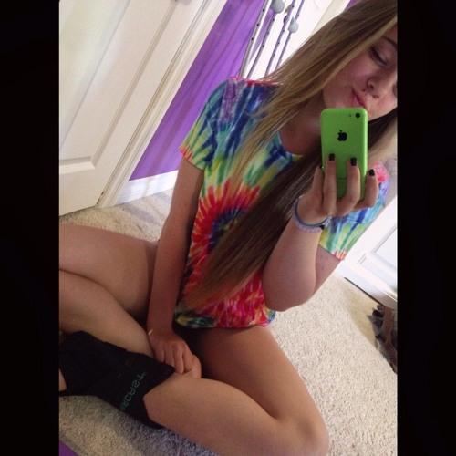 Danika Ellen.'s avatar