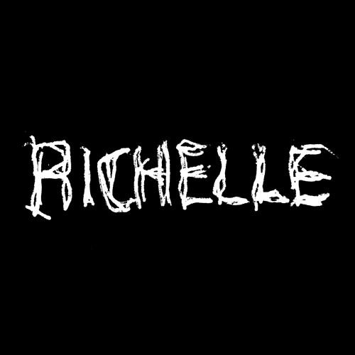 Richelle's avatar