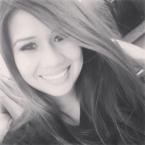 Lilly Mahalia's avatar