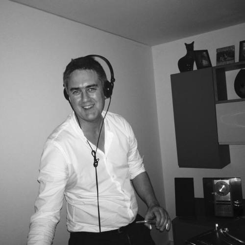 Simon Stirling's avatar