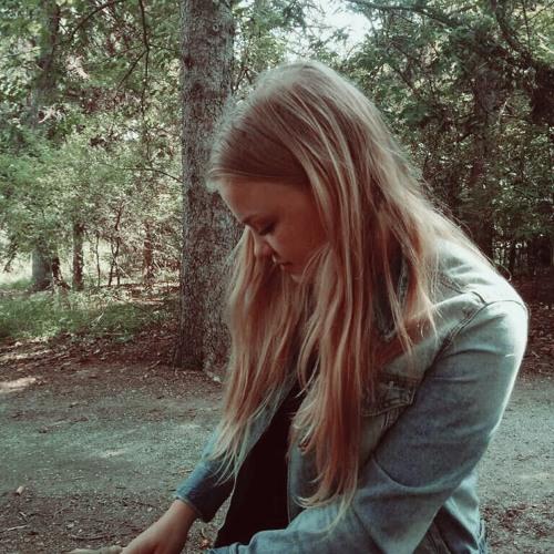 Anna Schooler's avatar