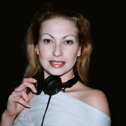 Isobel Pearson's avatar