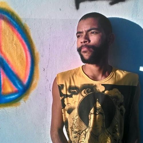 Lucas Moreira 56's avatar